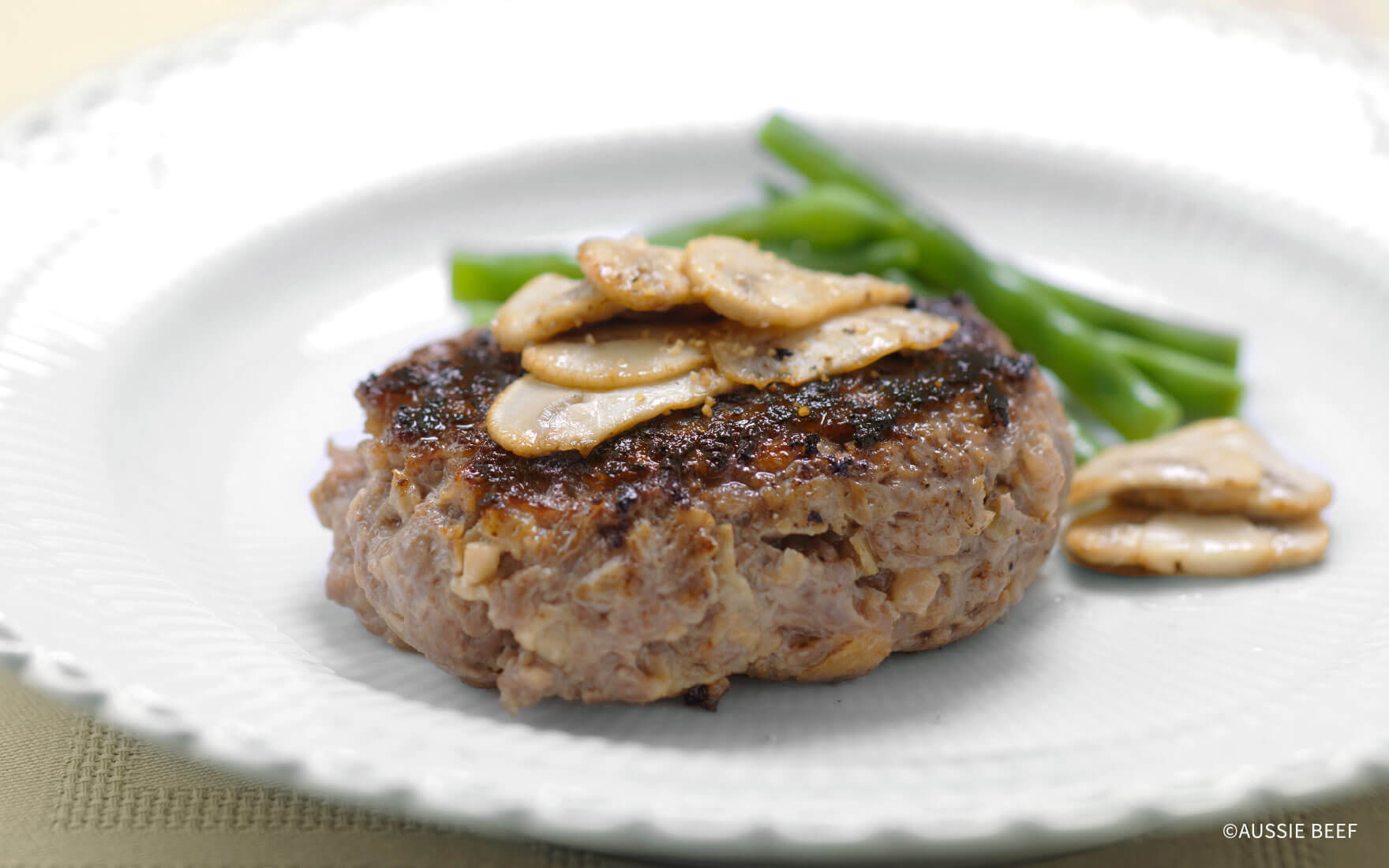 薄切り肉のハンバーグステーキ